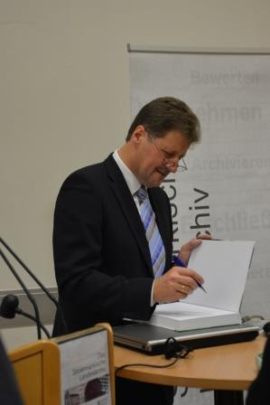 Präsentation 24. November 2015